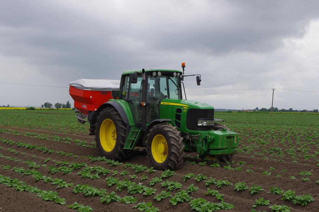 collmart-gallery-field-tractor1